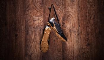 Wolfurt-Kicker hängt Schuhe an den Nagel