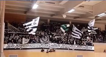 Gänsehaut: Sturm-Fans supporten U14-Team