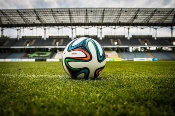Modernisierung von Fußball