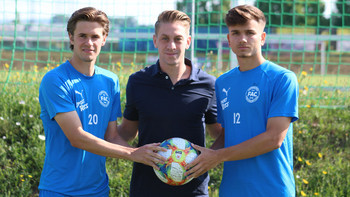 FAC holt zwei Regionalliga-Kicker