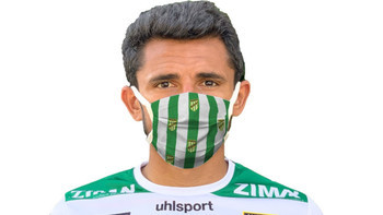 Lustenau-Fans können mit Masken Farbe bekennen