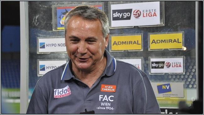 SKN - FAC  Trainer Peter Pacult nach dem Spiel