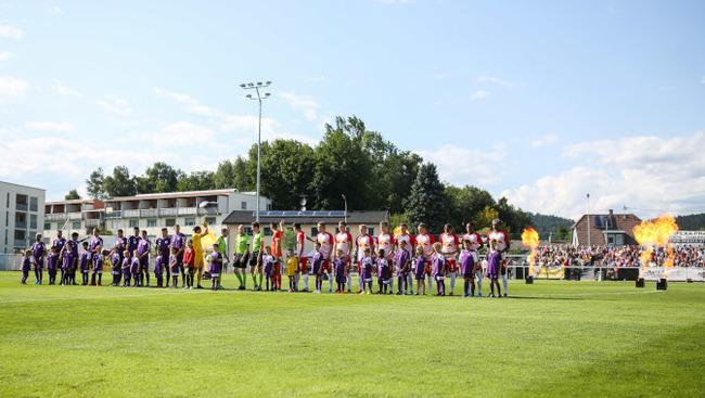 Stadion Austria Klagenfurt Liefering Aufstellungen