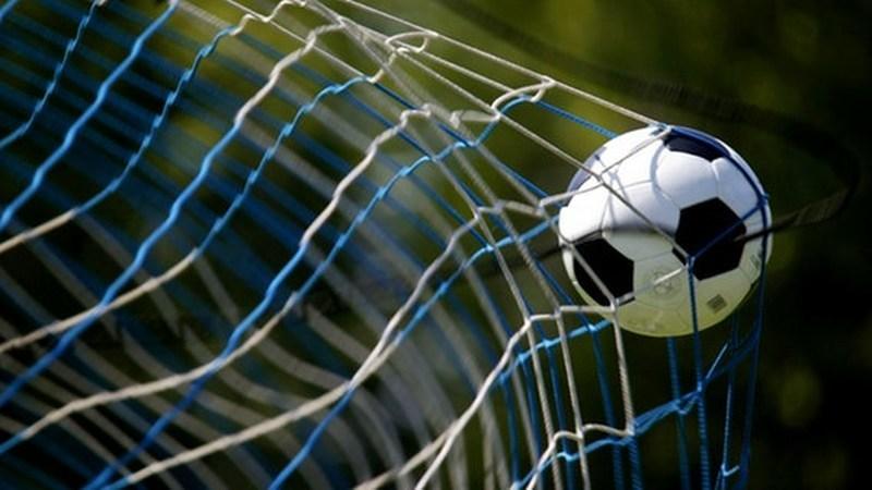 Video: Lebring-Kicker erzielt Traumtor