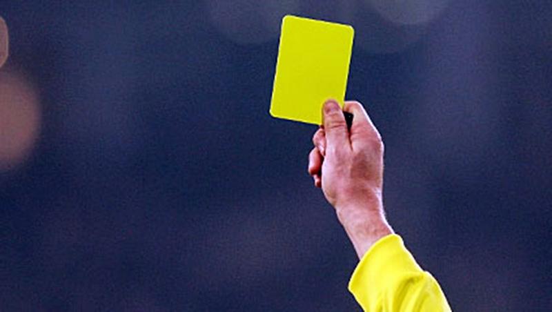 Zeitstrafe für Gelbe Karte?