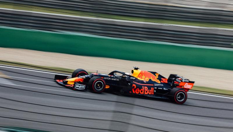 Egg-Kicker goes Formel 1
