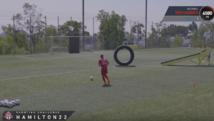 Kurios: Profis spielen FIFA17-Skills Games!