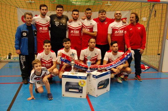 Inter Türkspor Kiel gewinnt den 6.collatz+schwartz-Quali-Cup!