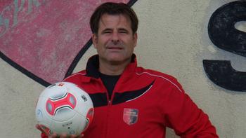 Wilhelmsburg präsentiert neuen Coach