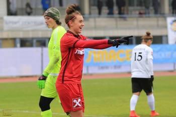 SKN Frauen besiegen Burschen U16