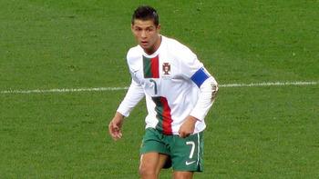 SKN-Damen treffen Cristiano Ronaldo